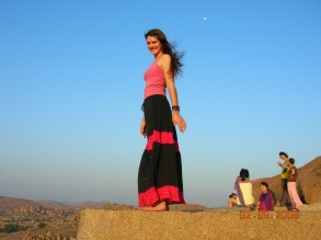 Bre waiting for the sunset - Hampi