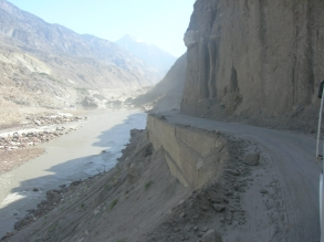 This road is to small- Karakoram highway