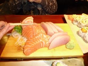 Our favourite...... yummmm sushi