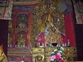 tumbs in Tibet. Bacipacks and Bra Straps