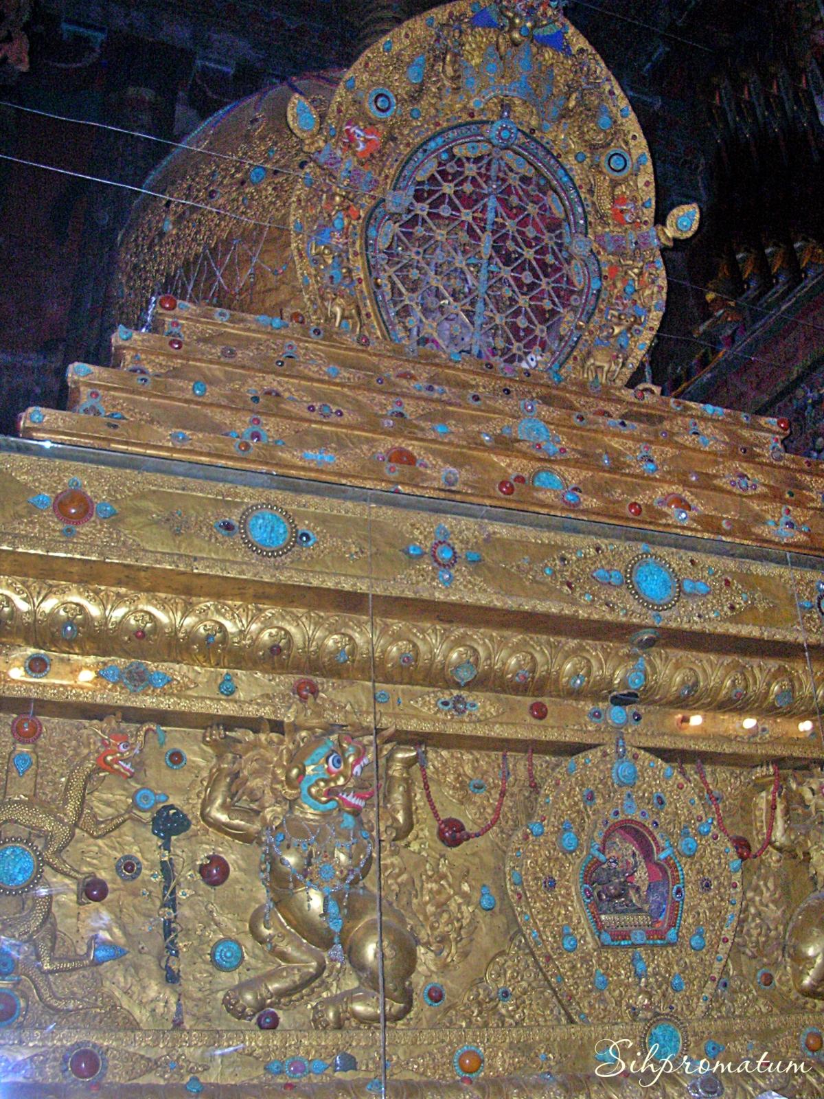 Dalai Lama tomb ,China