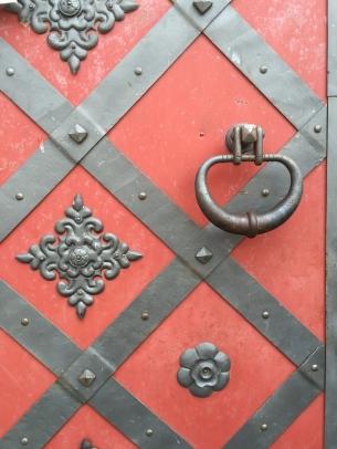 Door at Nesvizh Castle