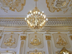 A beauiful chandellier in Nesvizh Castle