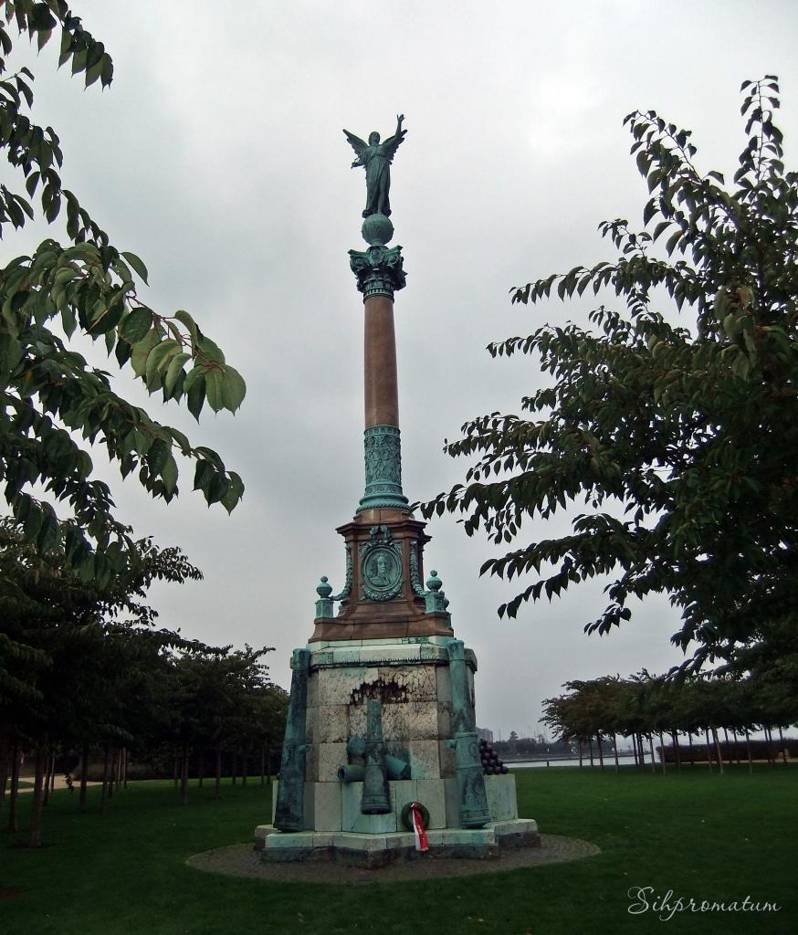 The Langelinie Promenade