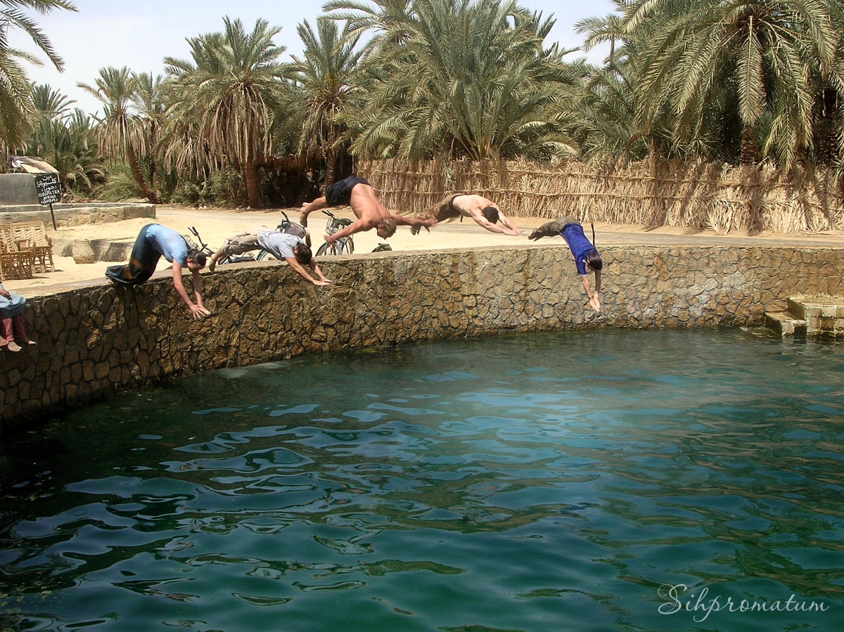 Diving in to the Cleopatra Pool – Siwa